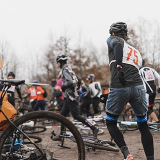 ballern cycleforsurvival cyclingculture cyclingphotography fixedgear leipzig ridefastdielast suppenprestige werideleipzig wheeltalk