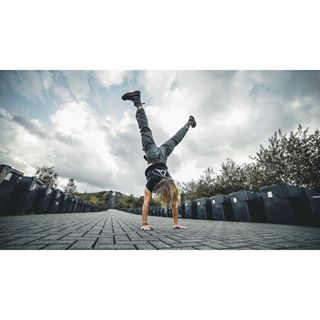 calisthenics fashion freestyle good gym local male merch model mood nature no outdoor photography pic shooting spot style vibes workout