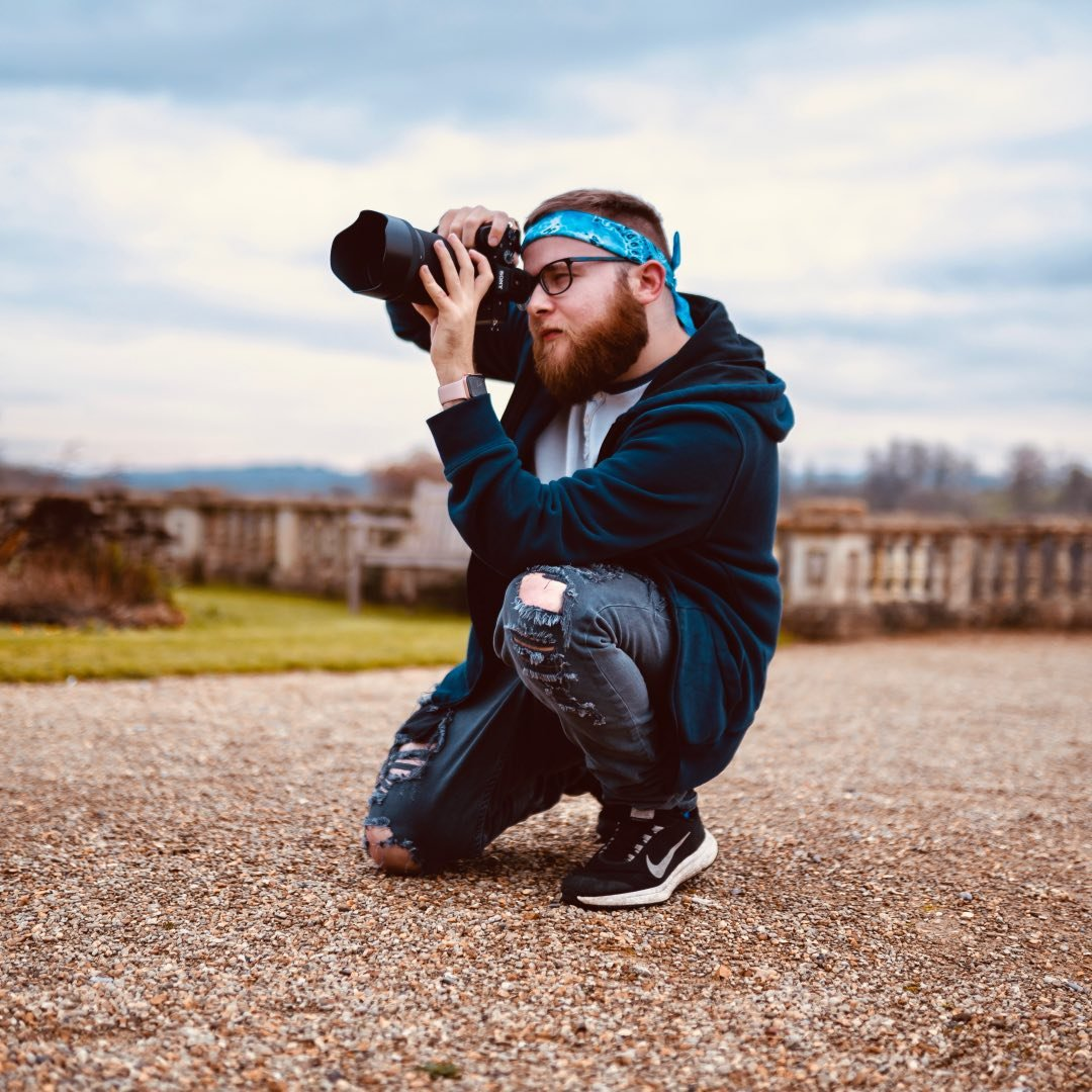 Avatar image of Photographer Liam Upshall