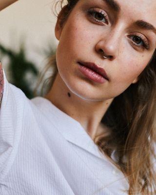 50mm barczuk blonde eye girl igerswarsaw ishootcanon minimal natural portrait portraitphotography simple visual visualart wojciechbarczuk