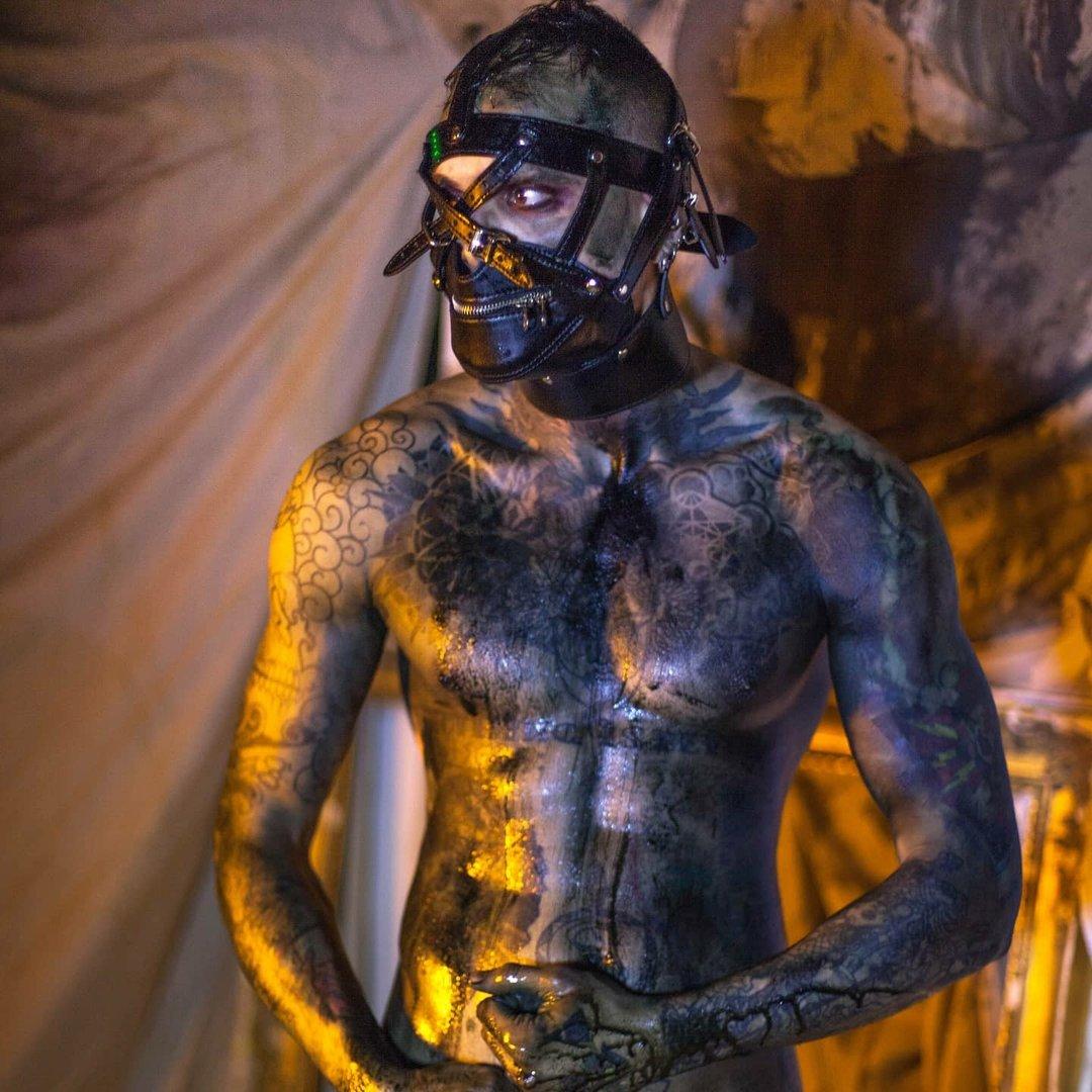Avatar image of Photographer christopher holt