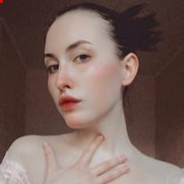 Avatar image of Model Yana Karpieieva