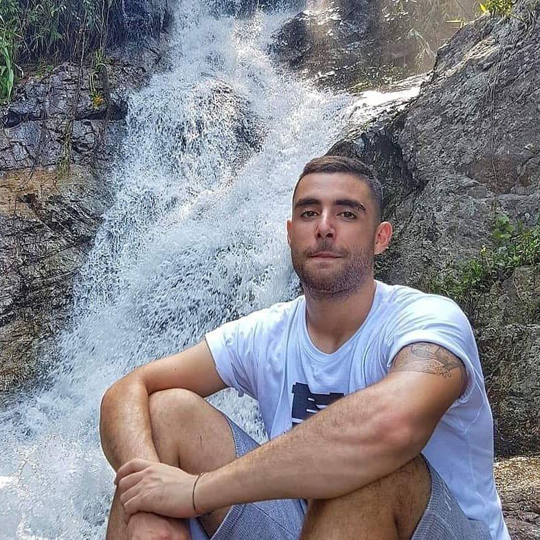 Avatar image of Photographer Roberto Oliveri