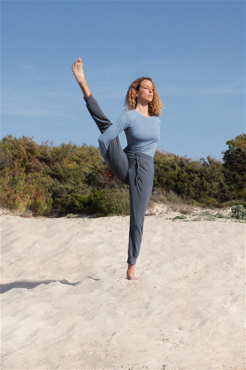Portfolio Yoga capsule collection photo: 2
