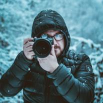 Avatar image of Photographer Alastair  Bryden