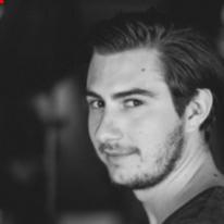 Avatar image of Photographer Max Brucker