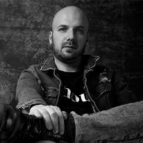 Avatar image of Photographer Łukasz Piekutowski