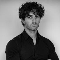 Avatar image of Photographer Giordano Rivellini