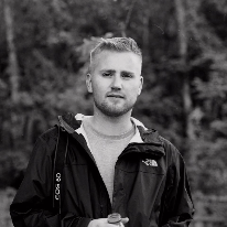 Avatar image of Photographer Oliver Bentley