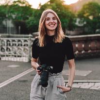 Avatar image of Photographer Lara Slevec