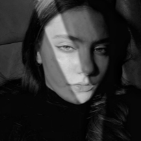 Avatar image of Photographer Polina Zavgorodnya