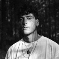 Avatar image of Photographer Chaz Navarro