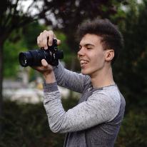 Avatar image of Photographer Balint Holecz