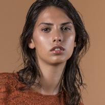 Avatar image of Model Héloïse Blard