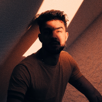 Avatar image of Model Lukas Quintero