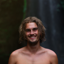 Avatar image of Photographer Mikkel Helbo