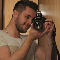 Avatar image of Photographer Janis  Aust