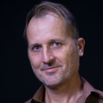 Avatar image of Photographer Steve R. Young