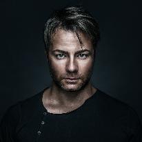 Avatar image of Photographer Cris Vain