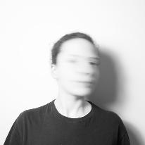 Avatar image of Photographer Laura  Correia