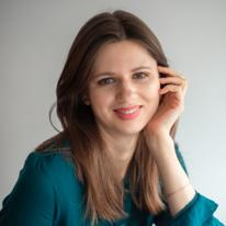 Avatar image of Photographer Karolina Koviazina