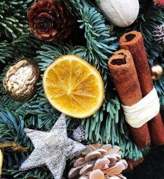 christmas christmastree holidayvibes decor warsaw