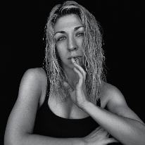 Avatar image of Photographer Zsuzsanna Kőszegi