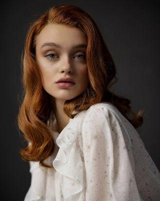 lightaholic lightaholicstudios portraitphotography redhair model fashionphotography beautyphotography beauty