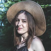 Avatar image of Photographer Andreea Mierla