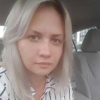 Avatar image of Photographer Yuliia Mazurkevych