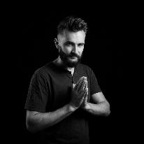Avatar image of Photographer Vladimir Dumbrava