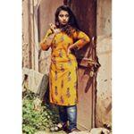Avatar image of Photographer Riya  Mondal