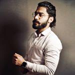 Avatar image of Photographer Mayank Pawar