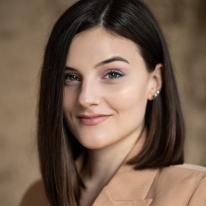Avatar image of Photographer Florentina Olareanu