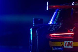 porsche project1 lemans pitlane bluelight porsche911 RSR motorsport
