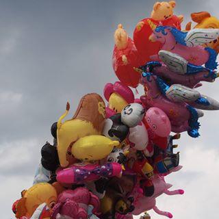 🎈 ballons colorfull fly image photography sky snapseed tb varsovie warszawa