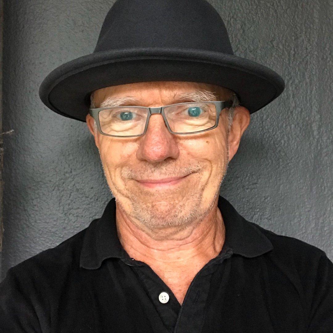 Avatar image of Photographer Douglas Hill