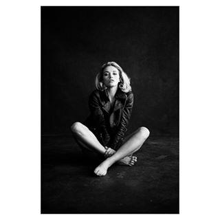 availablelight blackandwhite bnw emotions lightandshadow model moments mood peoplephotography pure sensual shine shooting soul woman