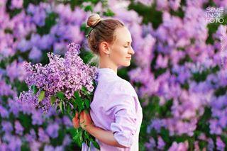 blooming lilac semeinoefotocom thephotographersclub vscoukraine yoga yogagirl yogajournal yogaphoto yogaphotographer yogapics калмацуйфотограф фотовцветах фотографднепр фотойога фотосессияднепр