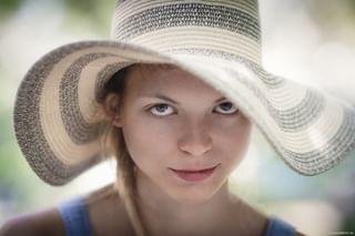 blueeyes canon canon135mm hat naturallight nomakeup poland polishgirl polskadziewczyna portrait portret sesja session