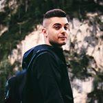 Avatar image of Photographer Riccardo Bassoli