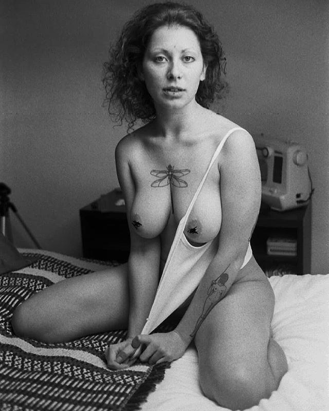 raw.naked.stories photo: 0