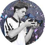 Avatar image of Photographer Kornely Petrus