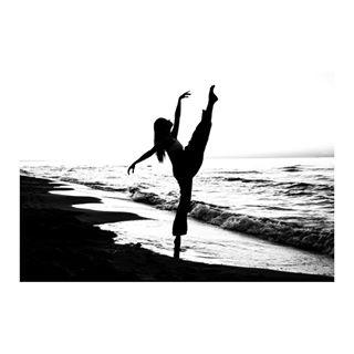 art ballerina ballet beach blackandwhite blackandwhitephotography bnw dance kubabaczkowski kulturafizyczna leica leicacamera leicacraft leicam leicaphoto leicaphotography performance photography see session shadows sunset