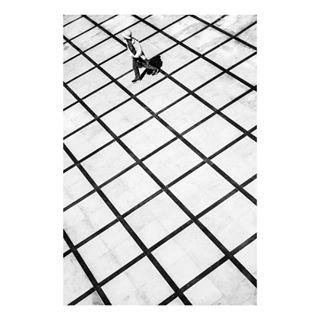 architecture black blackandwhite blackandwhitephotography bokeh capturestreets city everybodystreet kubabaczkowski leicacamera leicacraft leicam leicamonochrome leicaphoto leicaphotography lines mypics myspc noir_shots noirstreetlife photography photooftheday shadowplay shadows spicollective streetphotography streetphotographyworldwide urbanstreet zonestreet