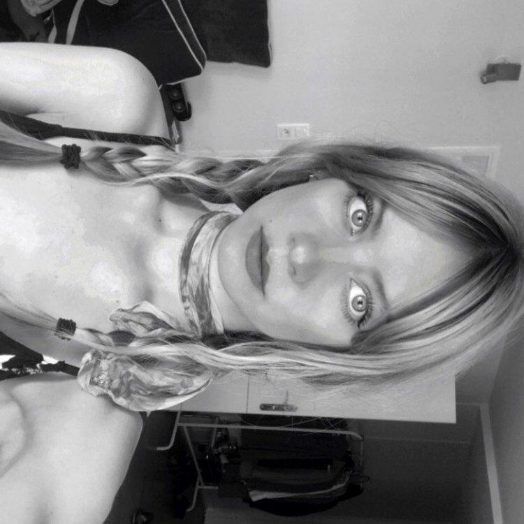 Avatar image of Photographer Victoria Baczynska