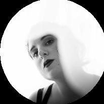 Avatar image of Photographer Lesley  Brügger