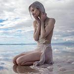Avatar image of Model Roxanna Walitzki