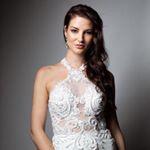 Avatar image of Model Rebecca Oetelaar