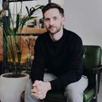 Avatar image of Photographer Rich Maciver